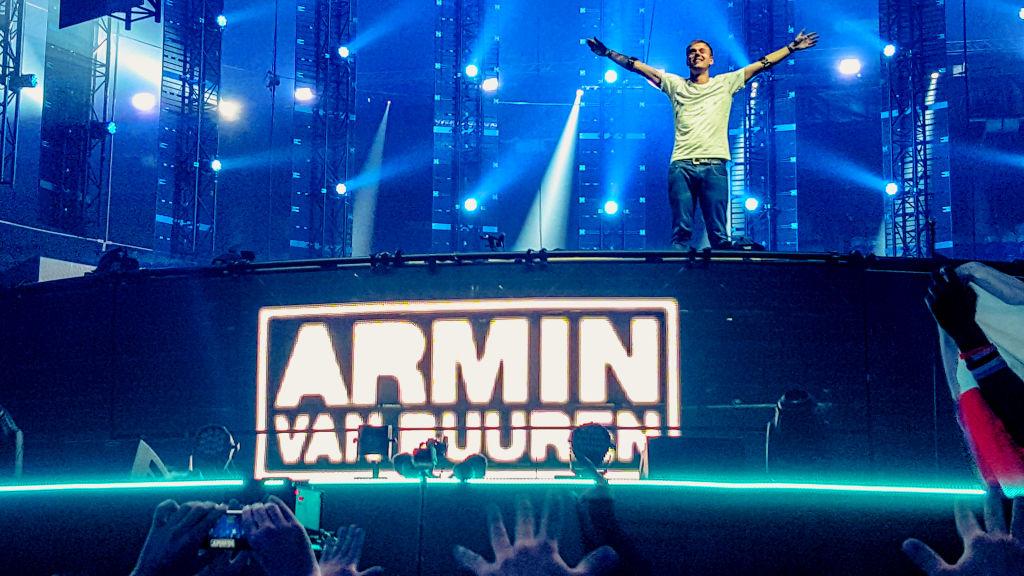 amstredam-music-festival-2015 armin van burren