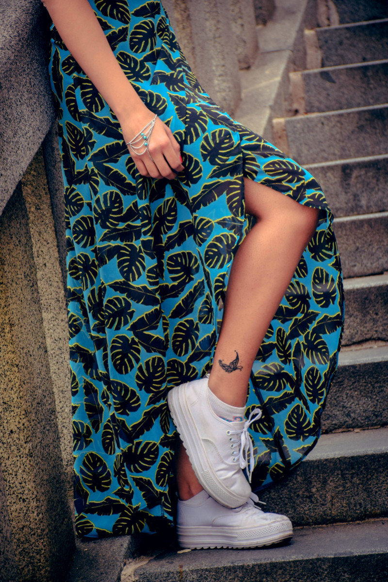 Slit Maxi dress Sneakers