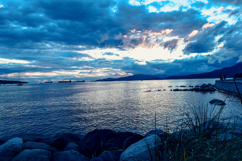 english bay evening vancouver